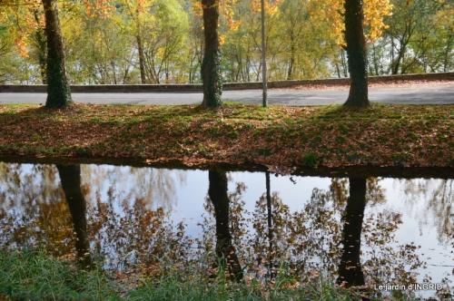 canal automne ,jardin,Ines 114.jpg