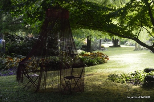 inondation,jardin,oeufs cygnes,chez Nathalie 045.JPG
