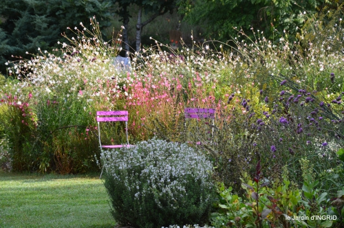 jardin,papillons,anniversaire d'Ines,bricolage 015.JPG