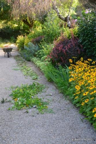 les Métallies,jardin ,visiteurs 056.JPG