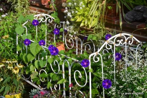 jardin,papillons,anniversaire d'Ines,bricolage 001.JPG