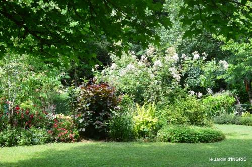 tour jardin de mai ,les épouvantails,préparation 127.JPG