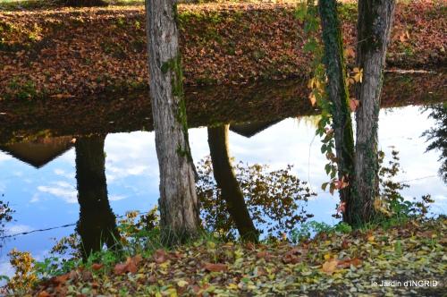 jardin automne,voisinage,canal 064-001.JPG