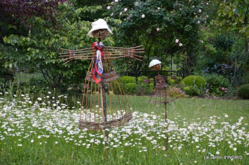 Roses du jardin,soirée Monpazier,puces Eymet 019.JPG