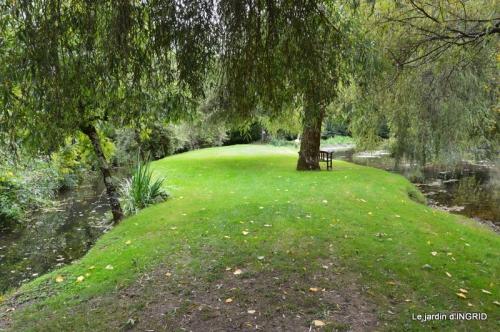 moulin,les jardins d'Au-delà,Brantôme 066.JPG