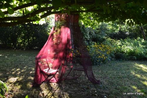 mon coin,Monique,les oies,mon jardin 023.JPG