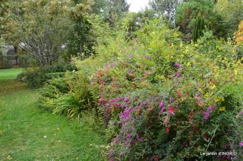 moulin,les jardins d'Au-delà,Brantôme 026.JPG