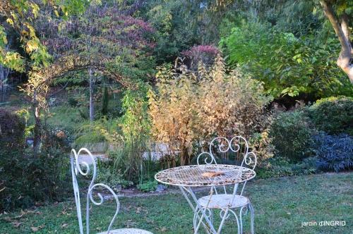 Jardin à l'automne 143.JPG