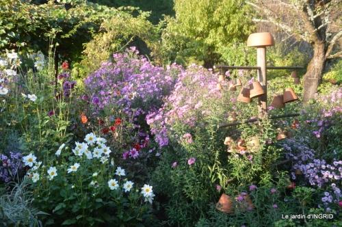 male ancienne,septembre jardin,couronne,bouquet 127.JPG