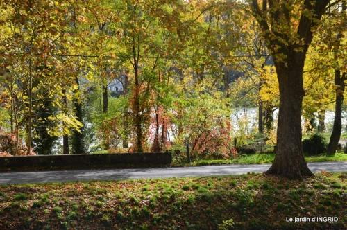 canal automne ,jardin,Ines 123.jpg