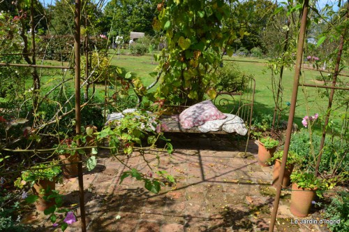 jardin de Marie,éoliennes,Ciron,Angles,Fontgombault 012.JPG