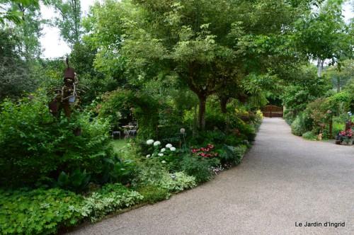 jardin 002.JPG