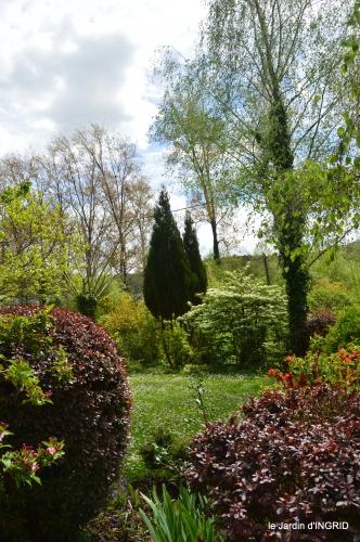 jardin printemps 137.JPG