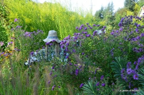 male ancienne,septembre jardin,couronne,bouquet 057.JPG