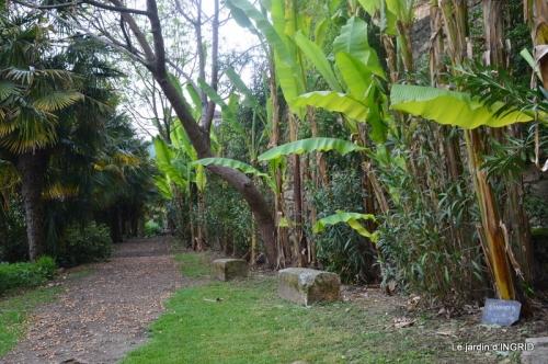 la Roque Gageac,Ines,jardin 024.JPG