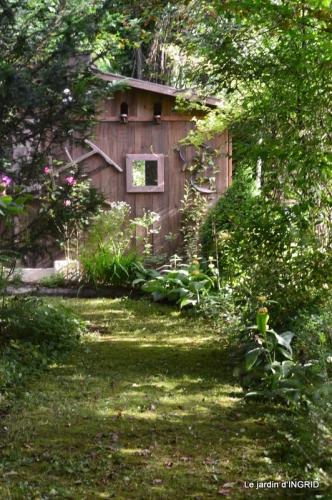 portes ouvertes,taille marguerittes,jardin 026.JPG