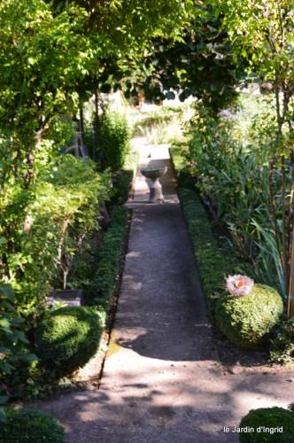 Fabien et Mélo,les filles,tomates,jardin ombre 132.JPG