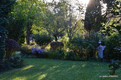 jardin pour l'automne,affiche vide jardin 018.JPG