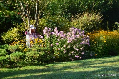 les Métallies,jardin ,visiteurs 076.JPG