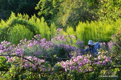 male ancienne,septembre jardin,couronne,bouquet 099.JPG