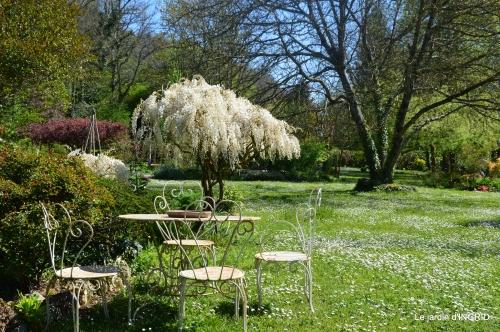 jardin,travail d'osier,Bergerac,St Astier 052.JPG