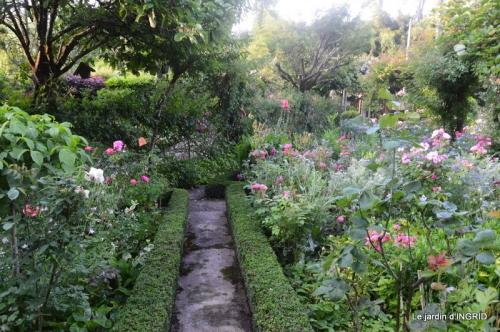 Trémolat,petit jardin,Julie 059.JPG