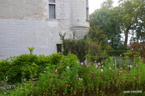 Neuvic,jardin,champignons canal 132.JPG