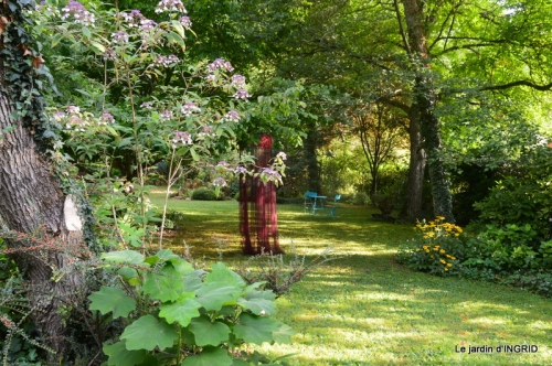 jardin,papillons,anniversaire d'Ines,bricolage 027.JPG