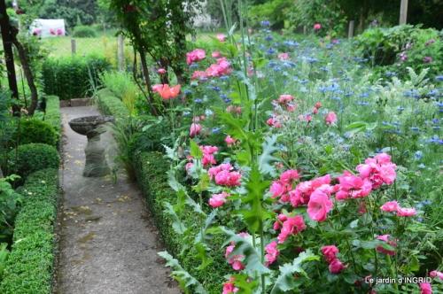 Trémolat,petit jardin,Julie 103.JPG