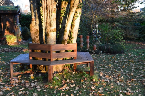 jardin, feuilles,sauges,gloriette,land art 141.JPG
