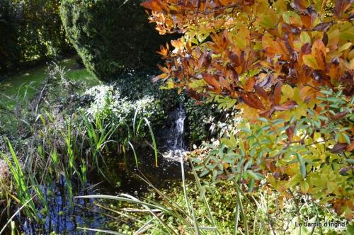 anniversaire Mamy,chateau d'eau,jardin automne 087.JPG