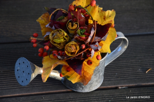 jardin, feuilles,sauges,gloriette,land art 142.JPG