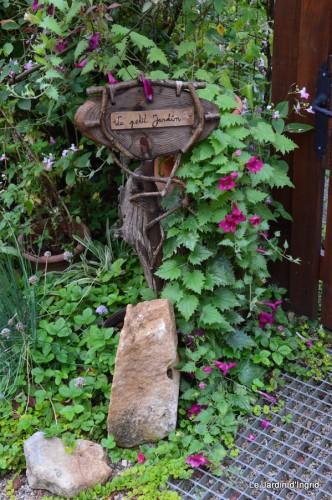 tournesols,pt jardin,nénuphard,libellules,lavande bouquet,carava 088-001.JPG