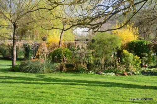 canal,jardin,dentelles 068.JPG