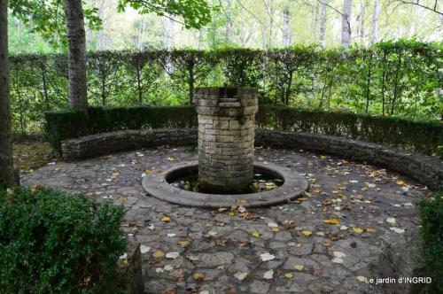 moulin,les jardins d'Au-delà,Brantôme 048.JPG