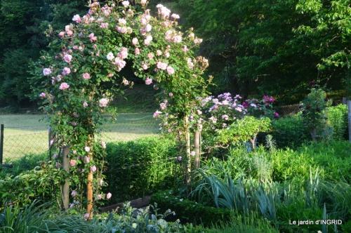 Trémolat,petit jardin,Julie 073.JPG