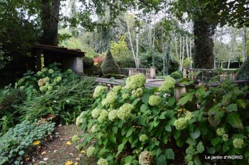 moulin,les jardins d'Au-delà,Brantôme 034.JPG