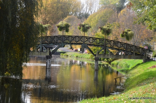canal automne ,jardin,Ines 129.jpg