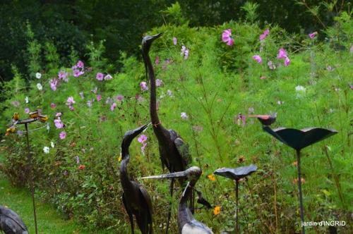Neuvic,jardin,champignons canal 120.JPG