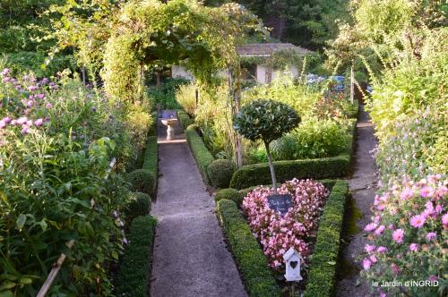 Fleurettes,Dordogne,jardin 091.jpg