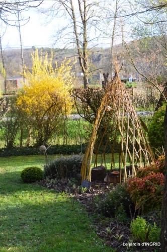 canal,jardin,dentelles 097.JPG