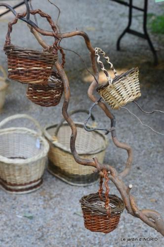 Issigeac paniers,visite Brigitte Mathis,jardin 010.JPG
