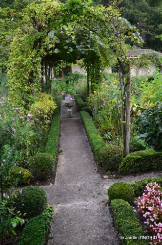 Fleurettes,Dordogne,jardin 011.jpg