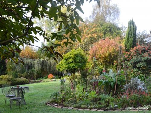Jardin à l'automne 021.JPG