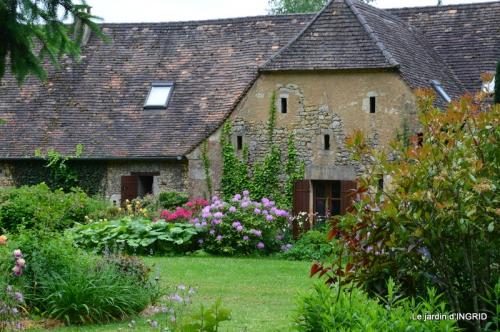 maison,jardin Bernadette,et jardin Claudine 060.JPG
