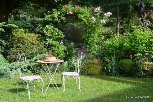 portes ouvertes,taille marguerittes,jardin 048.JPG