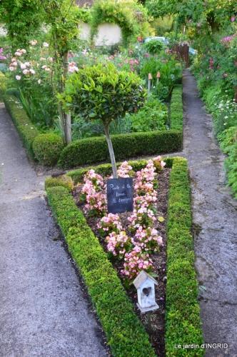 Trémolat,petit jardin,Julie 076.JPG