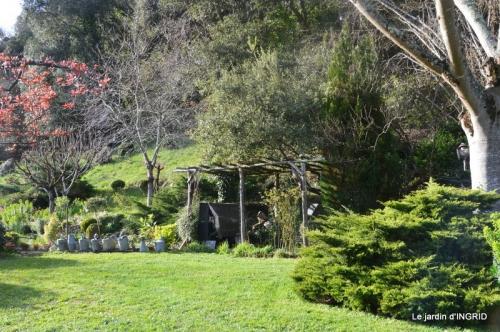 canal,jardin,dentelles 069.JPG