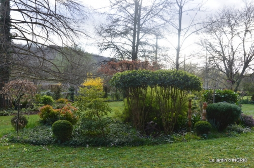 canal,jardin,dentelles 088.JPG