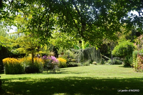 les Métallies,jardin ,visiteurs 049.JPG